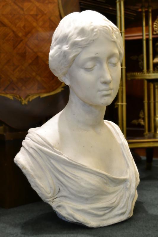 Eduardo Rossi (1867- 1929) Female Marble Bust Sculpture
