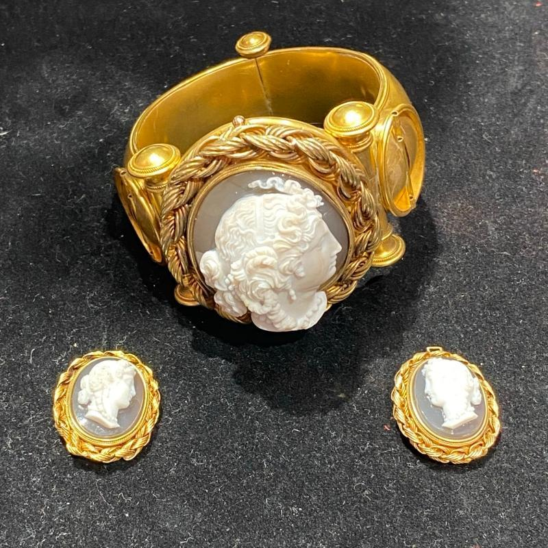 Etruscan Archeological Revival Gold Bracelet with Cameos
