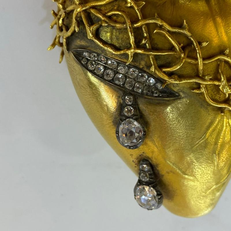 Gold and Diamond Sacred Heart Pendant