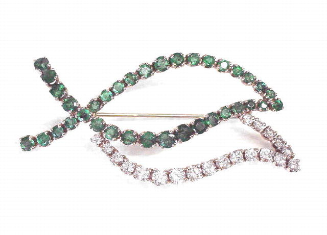 Vintage 18K Gold Emerald & Diamond Leaf Brooch