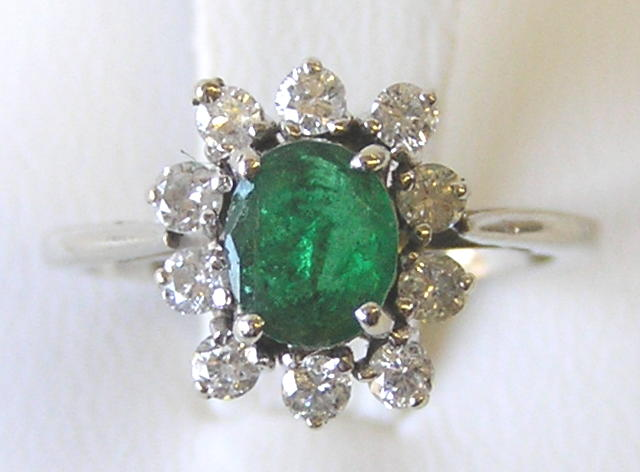 Emerald 14K Gold Ring with Diamonds