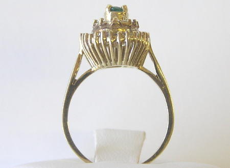 Vintage Emerald 14K Ring with Diamonds