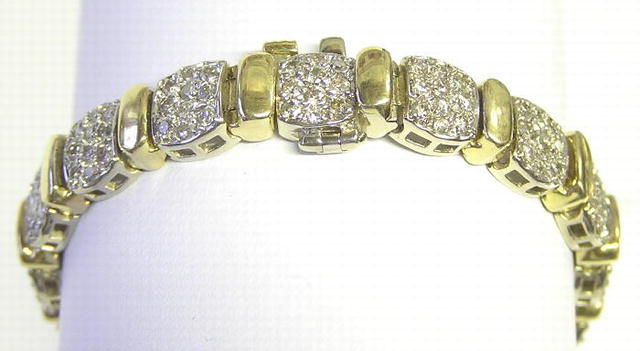 Vintage 14K Gold Bracelet w Diamonds