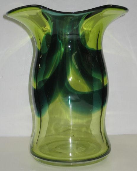 Mid-Century Modern Goran or Ann Warff Swedish Glass Vase for Kosta Boda