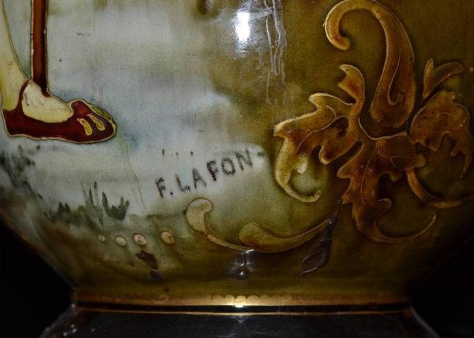 Renaissance Revival Majolica ( Earthenware Stoneware ) Vase Depicting Cavalier After Francois Lafon