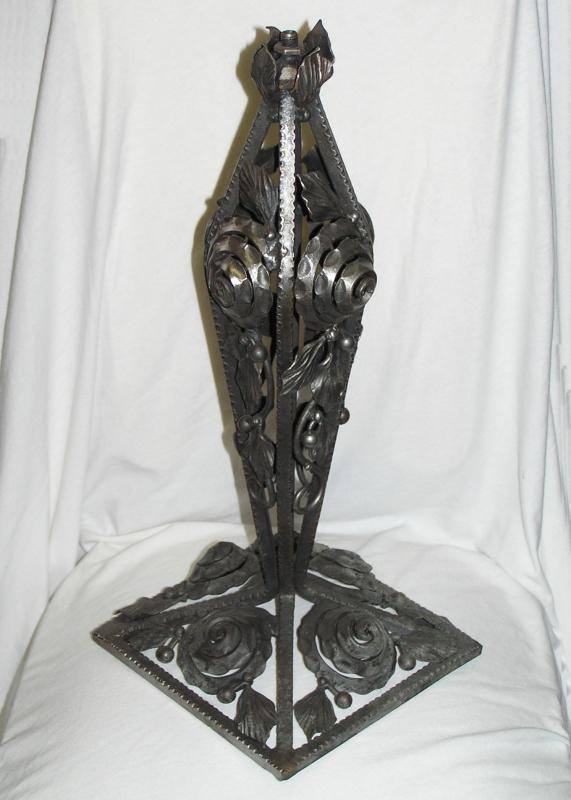 Art Deco Iron Table Lamp in Manner of Edgar Brandt