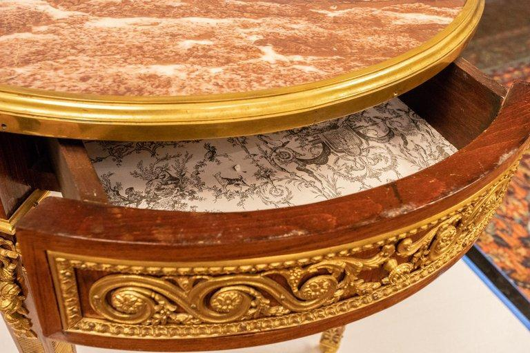 Antique Louis XVI Round Center Table