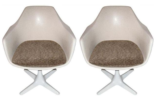 Pair of Burke Armchairs After Eero Saarinen