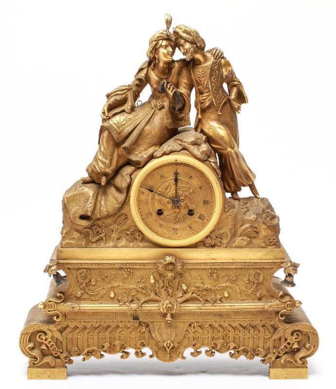 Antique Orientalist Bronze Mantel Clock Depicting Sultan and Sultana