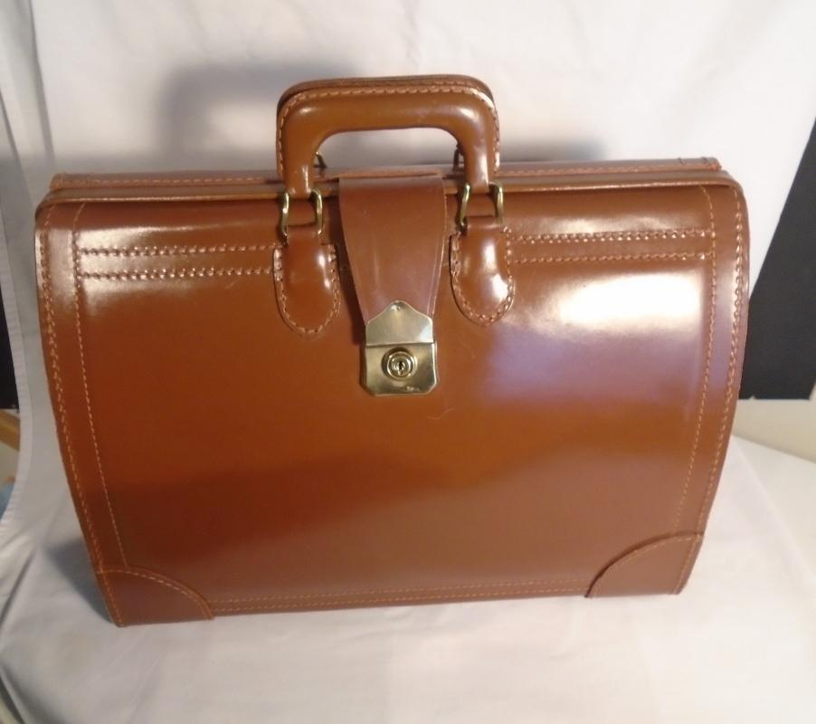 Beautiful ALL LEATHER BAG / briefcase / folding _ Doctors bag_ also fits laptops