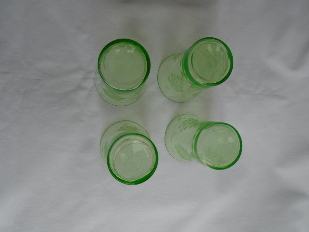 Rare Find ! SET of Four VASELINE juice glass Tumblers Hand Etched pattern Grapes _ Beauty's