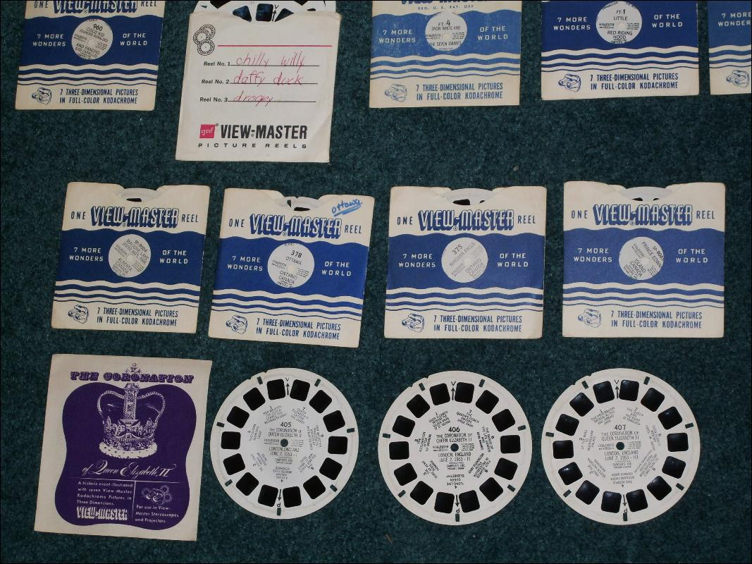Collector's Collection HUGE LOT of Vintage Viewmaster Round Disc Slides _Mighty Mouse Circa 1958 Terrytoons CBS Television + more