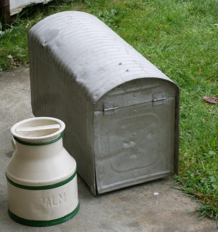 Circa 1930 Galvanized STEEL MAILBOX ONLY  ( Large )