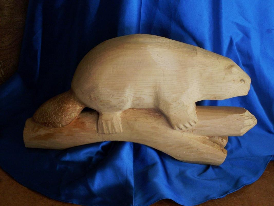 Antique Folk Art HAND CARVED & SIGNED_ 15 1/2 INCH Large_ Solid WOOD BEAVER _Signed: J D MacLennan
