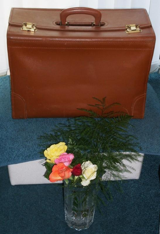 BEAUTIFUL QUALITY !!! TRIAL LAWYERS Heavy Duty LEATHER bag Briefcase Laptops also Fit _NO SALES TAXES