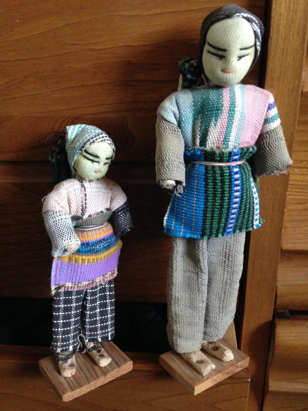 Collectible Collectors items GUATEMALAN Hand Woven Fabric DOLLS on primitive Wood Base. CLEAN CONDITION _ NO DAMAGE