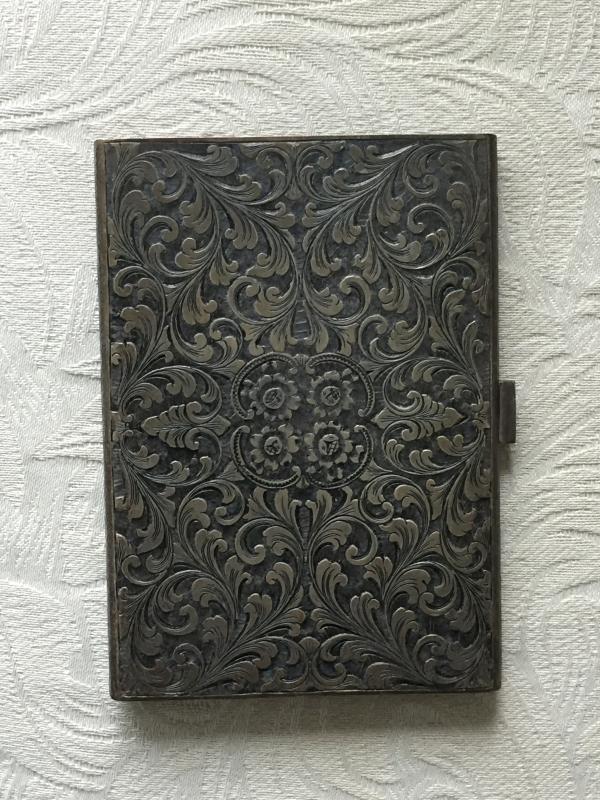 HEAVY SILVER 163g _ Beautiful incised scribed Ornate CIGARETTE CASE. Circa 1930s _ Italian Silversmith_800 Mark_ Makers Mark_ NO DAMAGE
