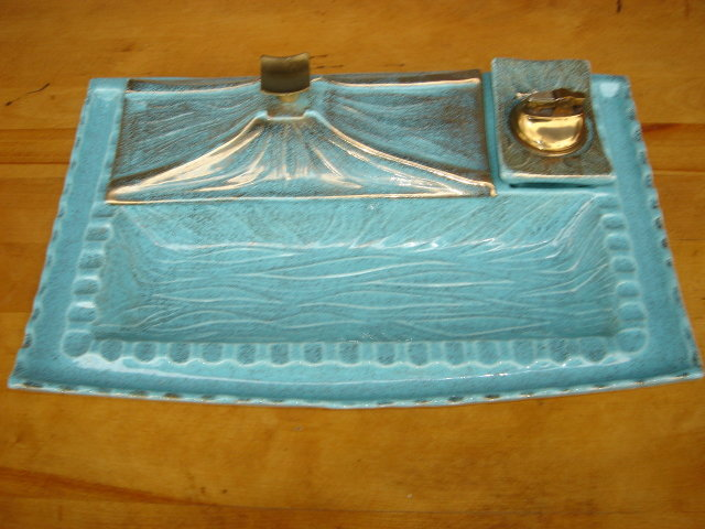 Pottery CALIFORNIA U.S.A.  1960'S Large 13.75 Inches WIDE ~~  ASHTRAY with Lighter  Turquoise Color