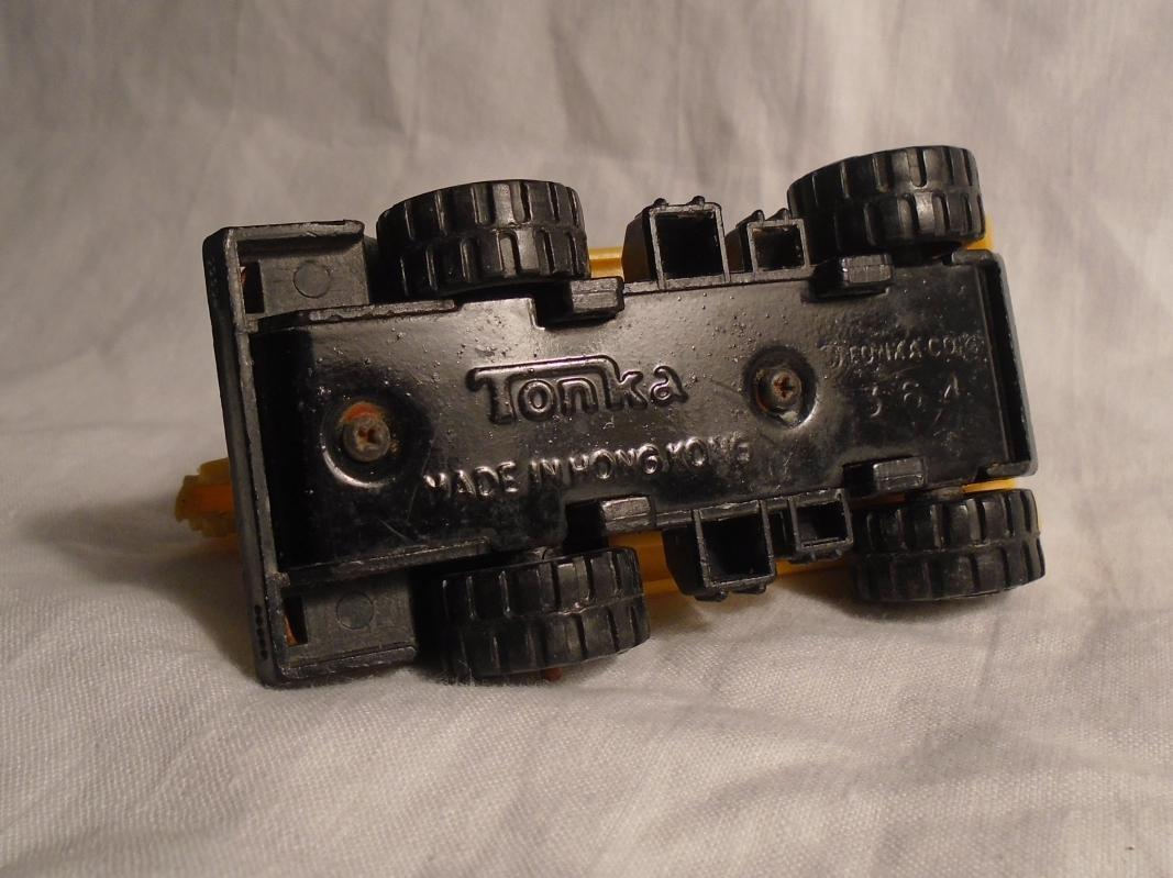 1970s Pressed Steel TONKA CRANE  Metal mini Truck _adjustable plastic crane arm