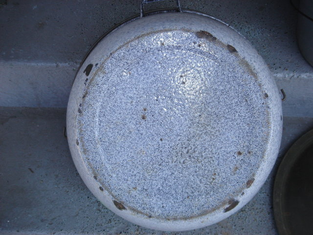 Antique Early 1900  GRANITEWARE HEAVY Gauge + LARGE 19 Inch POT with Original Tin Lid and Button Knob