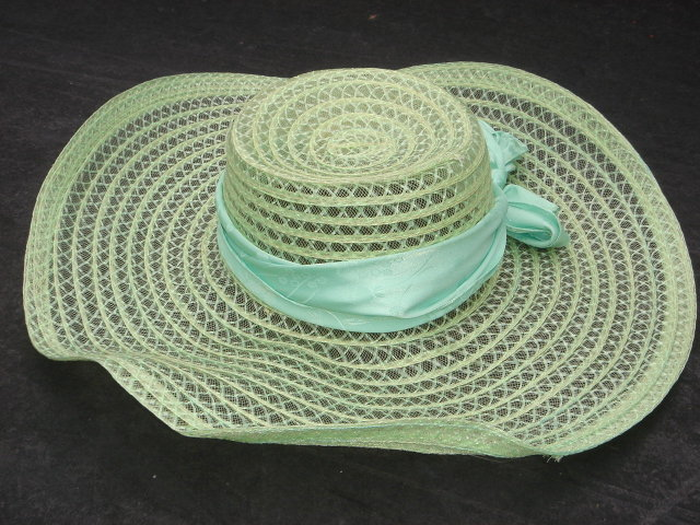 Mint GREEN with Pretty Green Fabric  Bow. ~ Large 17 Inch Diameter ~ Woven Material
