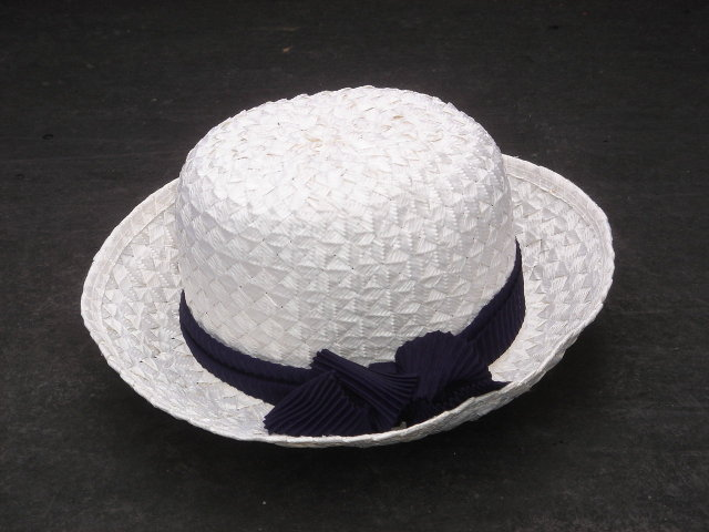 The Classic Beauty of this WHITE HAT with Navy Blue BOW. ~ Woven Material ~ With ORIGINAL Hudson's Bay Company Label