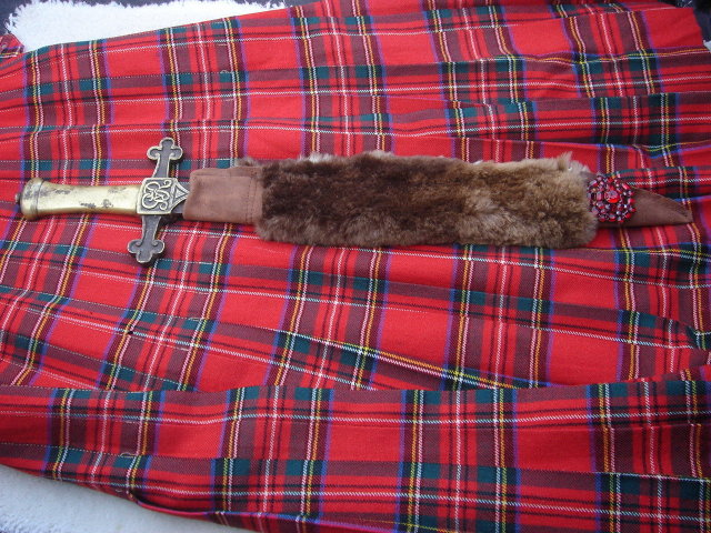 MADE BEFORE c1880  _Militaria _BANDSMAN'S  Short SWORD ID by John Webster PROFESSIONAL_ Attrib: German Sword Maker MOLE_ GvR Stamped Hilt _ SWORD _SOLID BRASS with Steel Blade & Custom-Made BEAVER Skin Sheath  RED Brooch  NO SALES TAXES to USA or Canada
