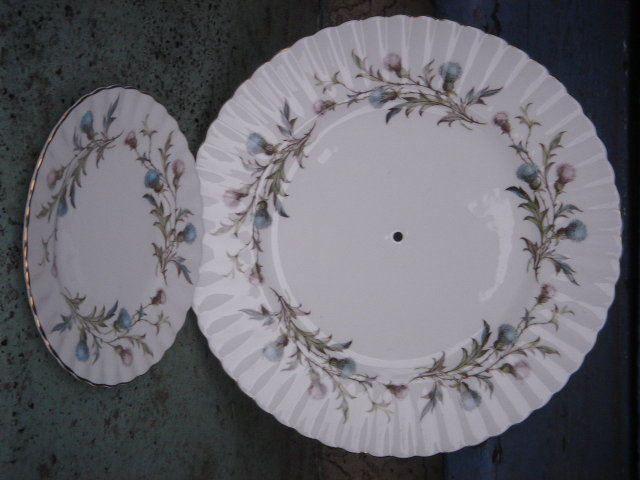 Collectible ROYAL ALBERT Bone China England _ BRIGADOON  Pattern : Thistle__CAKE PLATE and Side Plate_ As New