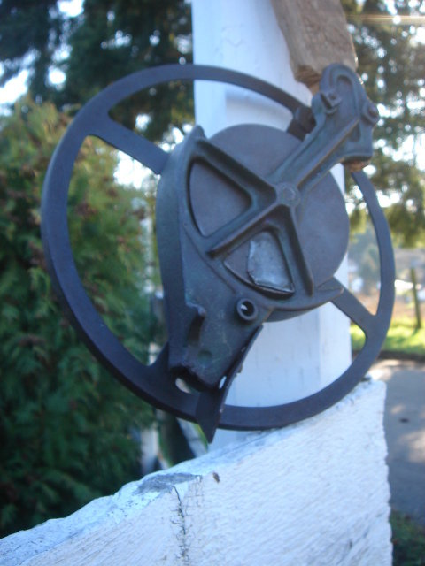 Antique Primitive Farm Tool _ SEED PLANTER WHEEL_ Corn , and other Seeds. Adjusts to fit seeds you are planting. 9