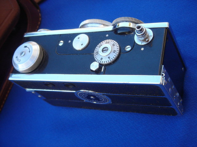 REDUCED....Vintage ARGUS Camera with Original ROHLIK  Leather Case . Clean and Tidy.  MADE in the U.S.A.