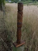 old NORTHWEST COAST 1st. Nations _ INDIAN _TOTEM POLE  totempole . features BEAVER and down each side Carved Salmon