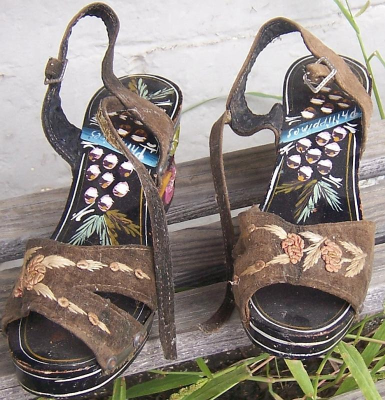 Vintage Decorative Tiki Carved Wooden Platform Shoes Souvenir From Philippines