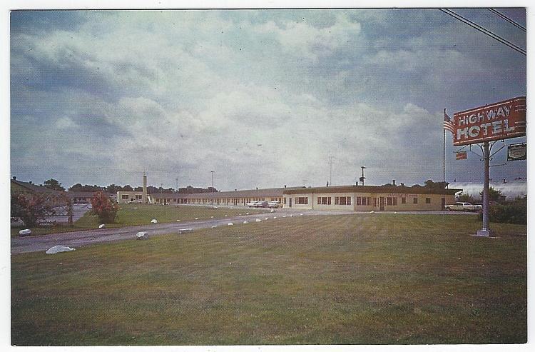 Highway Hotel, US Route 30 Marion, Ohio Vintage Unused Postcard