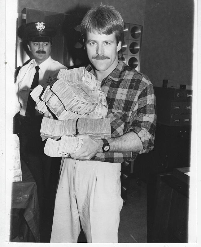 Original Photograph Kin Shriner at the Bank in Beverly Hills Rituals, Soap Opera
