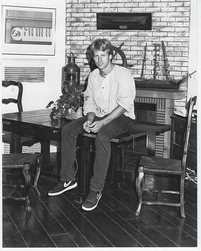 Original Photograph Kin Shriner at Home, General Hospital, Rituals Soap Operas