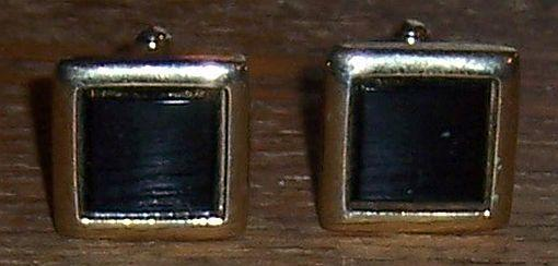 Pair of Vintage Square Black and Gold Tone Cuff Links