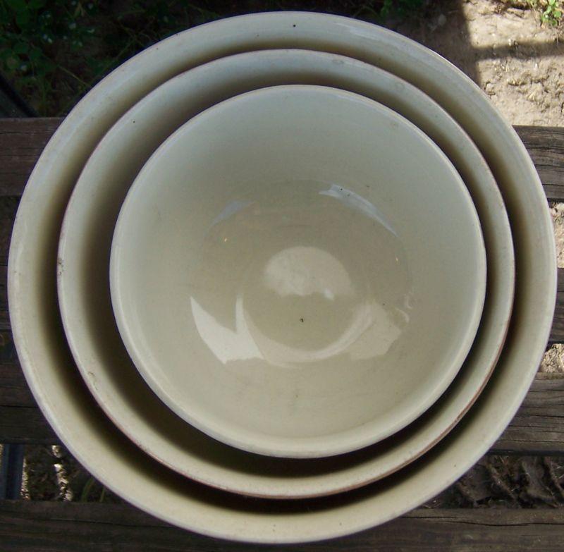 Vintage Hall China Jewel Tea Autumn Leaf Three Piece Mixing Bowl Set