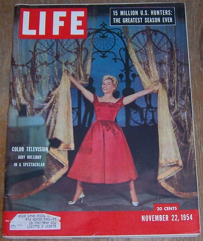Life Magazine November 22, 1954 Judy Holliday Cover/Hunting/Steve Sebo/Okefenoke