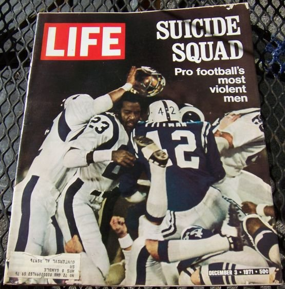 Life Magazine December 3, 1971 Pro Football on cover