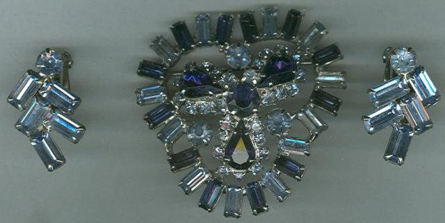 Vintage Light/Dark Blue Rhinestone Pin and Earrings