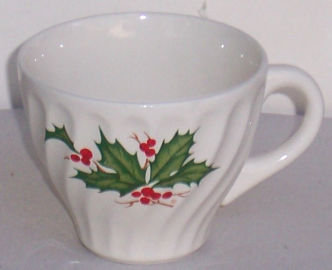 Christmas Japan Cup with Green Holly and Red Berries