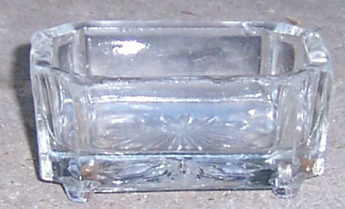Square Master Salt with Star Burst in Bottom and Feet