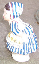 Vintage Kissing Dutch Girl Pottery Wall Pocket