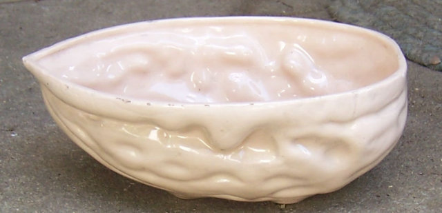 Vintage Pink Pottery Walnut Shell Serving Nut Bowl