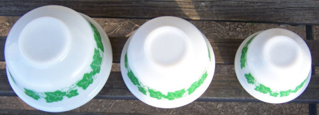 Vintage Three Piece Hazel Atlas Mixing Bowls with Ivy