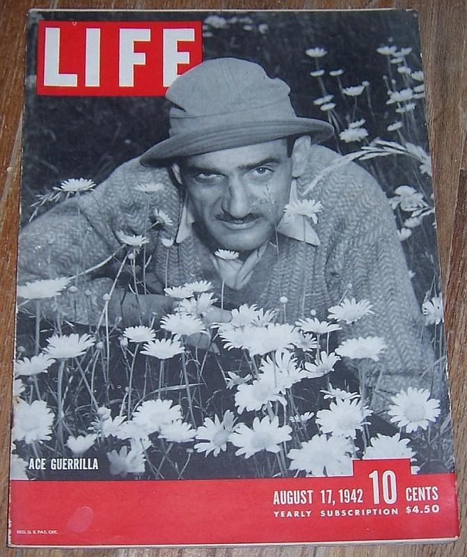 Life Magazine August 17, 1942 Ace Guerrilla Cover/Fort Leavenworth/Detroit