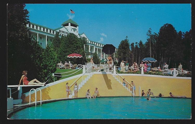 Grand Hotel and Pool, Mackinac Island, Michigan Vintage Unused Postcard Travel