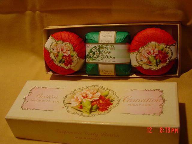 Vintage Box of 3 Carnation Beauty Soap Bars
