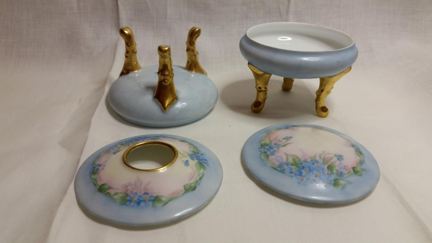 Hand Painted Porcelain 3 Piece Dresser Vanity Set