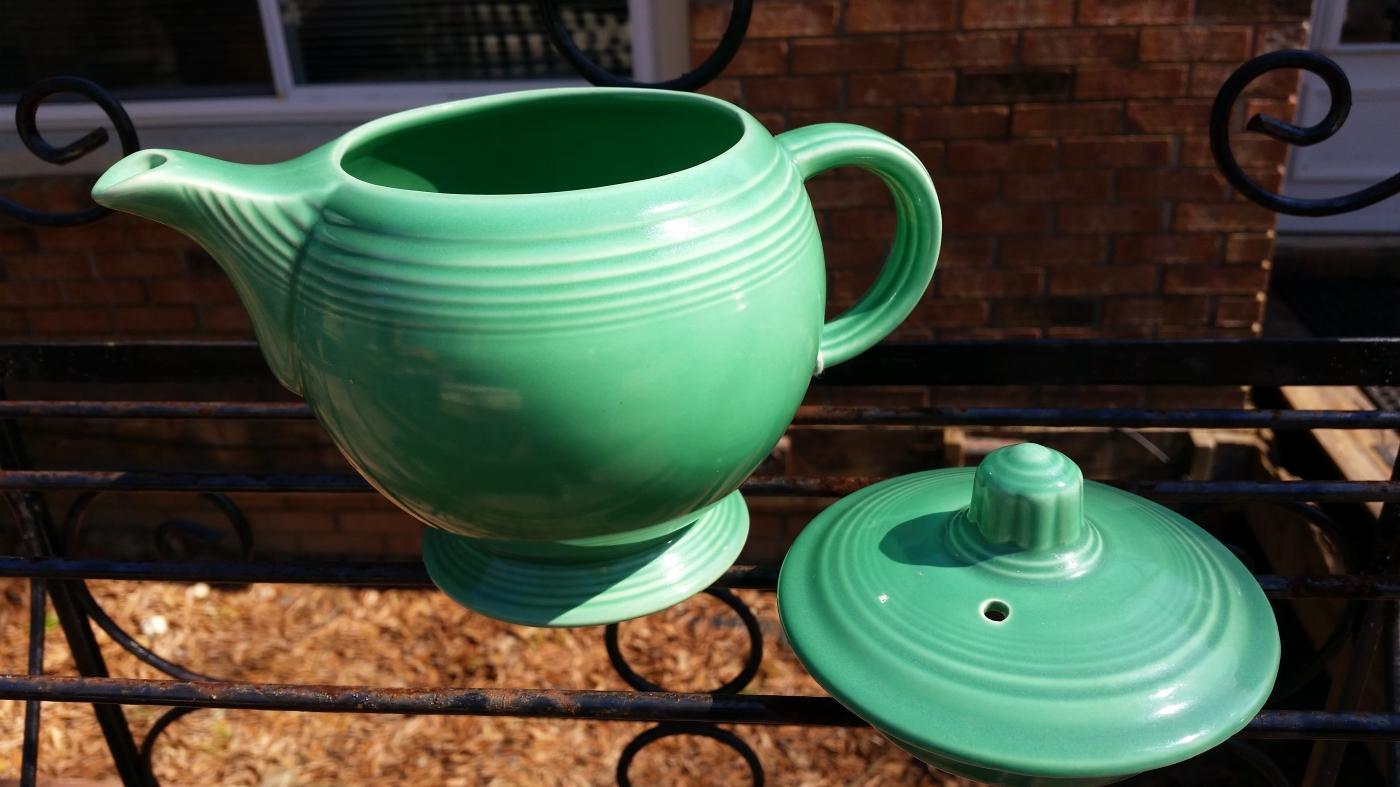 Medium Green Fiesta Teapot